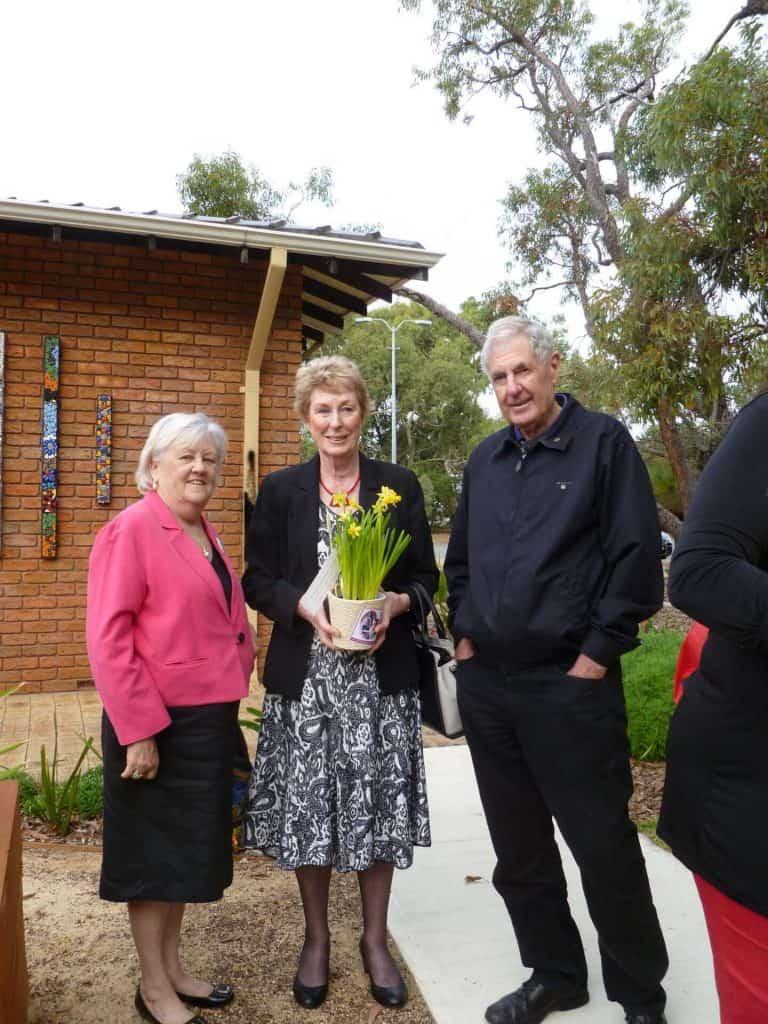 Inner Wheel and Rotary visit for Volunteer Week May 2017